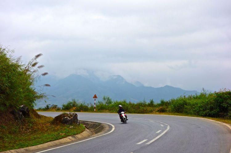 Vägarnas kvalitet och trafiktäthet varierar stort. När du hittar den perfekta vägen blir vägen dit värt allt.