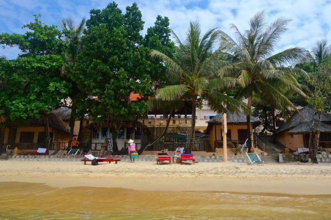 Kim Hoa Resort, vårt hem i paradiset, har ett helt okej läge.