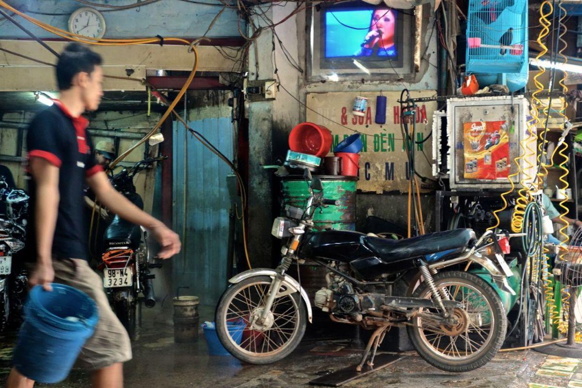Möt våra motorcyklar Bonnie och Lisohaka Clyde som snart ska på nya äventyr