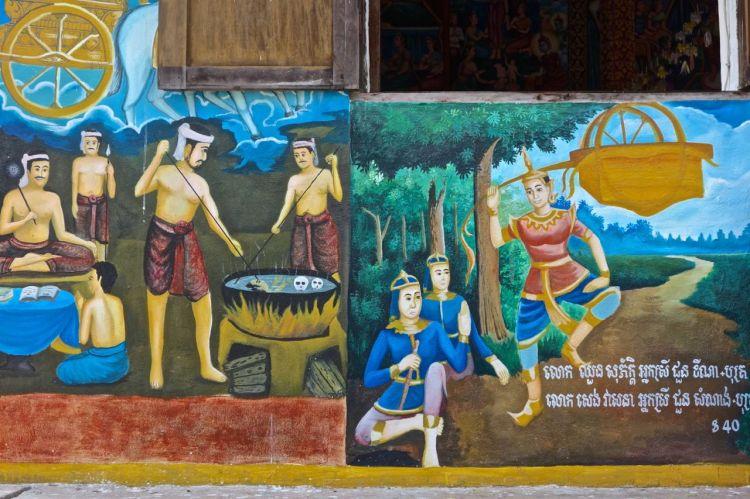 Några av tempelhusen har färggranna målningar