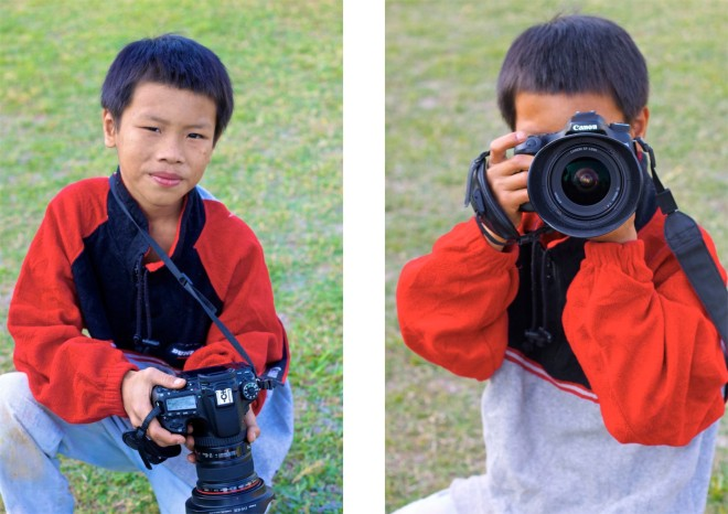 Ett barn som levt på gatan har någonting i blicken, någonting om att de levt, sett, hört. Inte varit barn. Så liten, så mogen, så bra fotograf (utan att äga en kamera). Naturtalang som förhoppningsvis har en framtid.