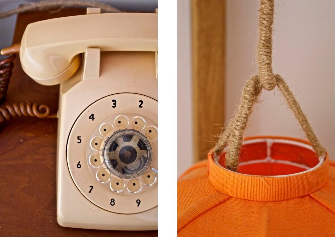 Receptionen är på 110. Lampornas kablar är täckta av tovade rep. Återigen, detaljer.