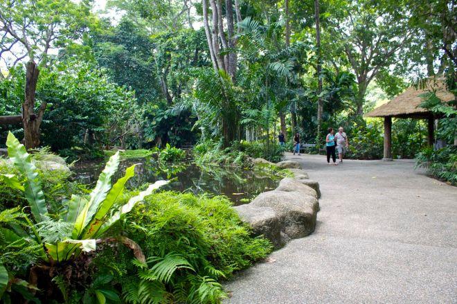 Parken bjuder på gott om plats och lummiga promenader.