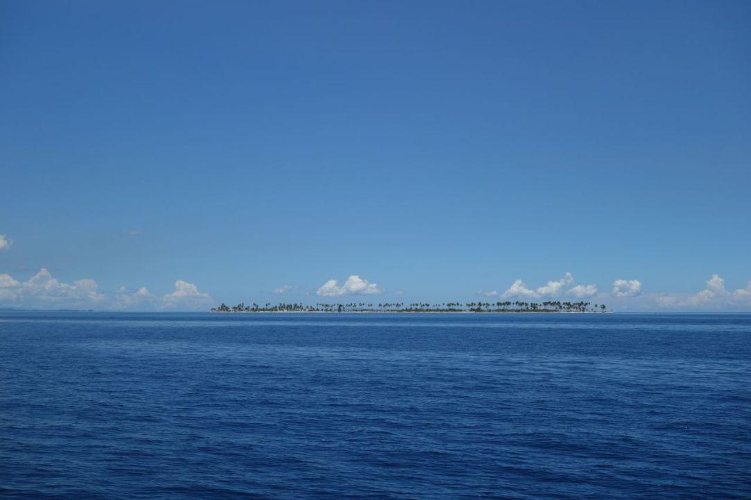 När Calangaman Island först syntes i horisonten var det bara en rad med palmer.