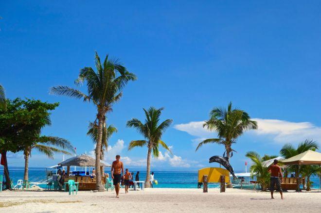 Landstigning på ön som i realiteten mest liknar en sandbank. En fantastisk sådan.