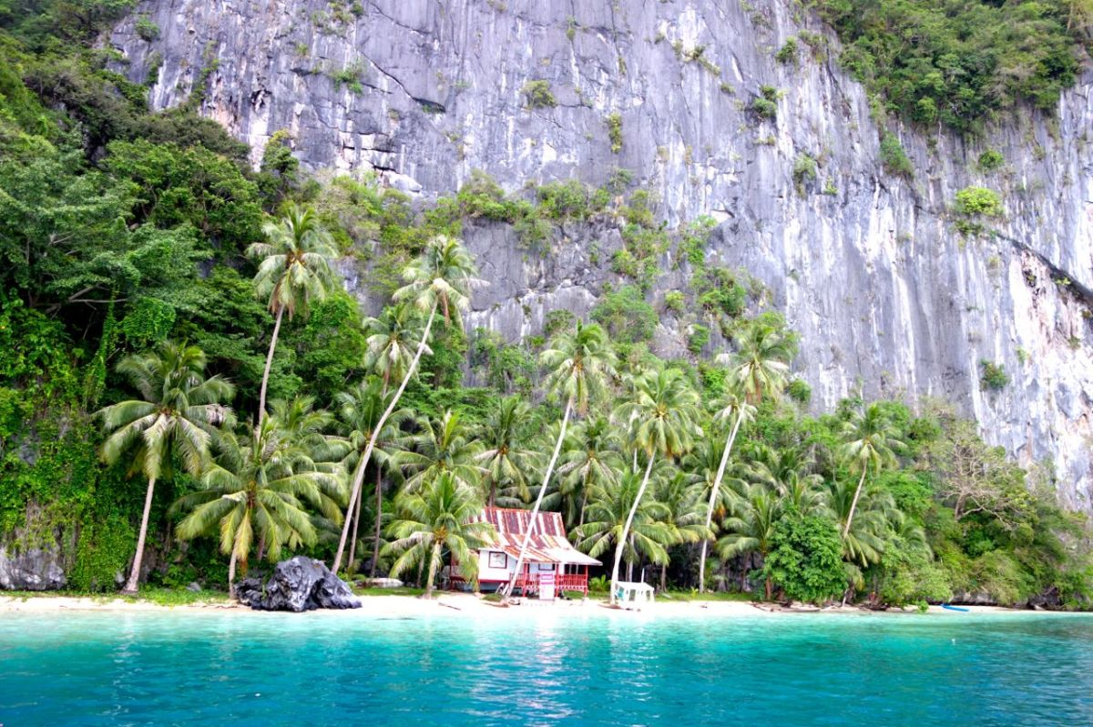 Suveränt seglingsäventyr i Palawans skärgård