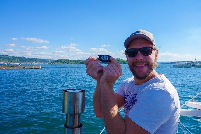 Tack vare båtägaren Uppfinnar-Jocke kunde vi alla sitta uppe på bryggan. Han har installerat trådlös navigering på gamla Wasa II.