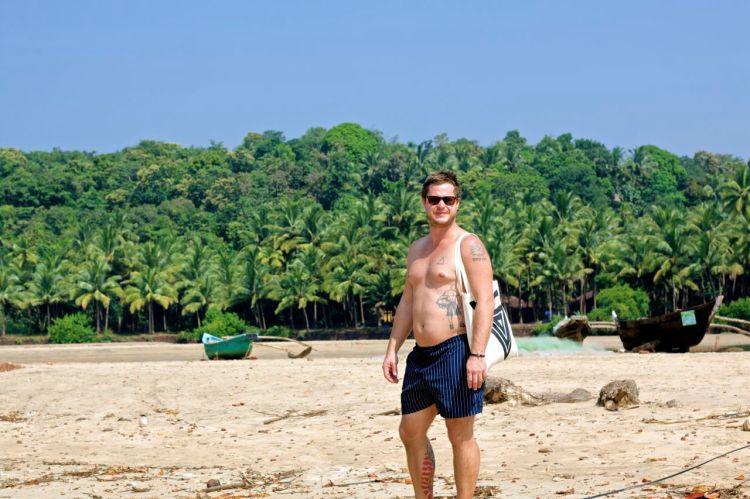 Mattis som strandmodell.