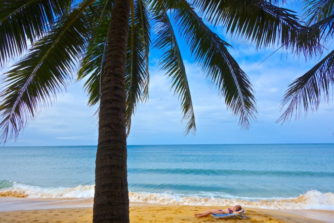 Det är inte bara vi som har pustat ut under en palm på Phu Quoc.